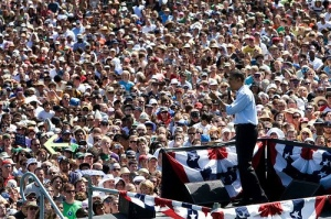 Obama in a sea of white 4